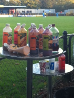 The mighty sauce table hiding from the punters.....